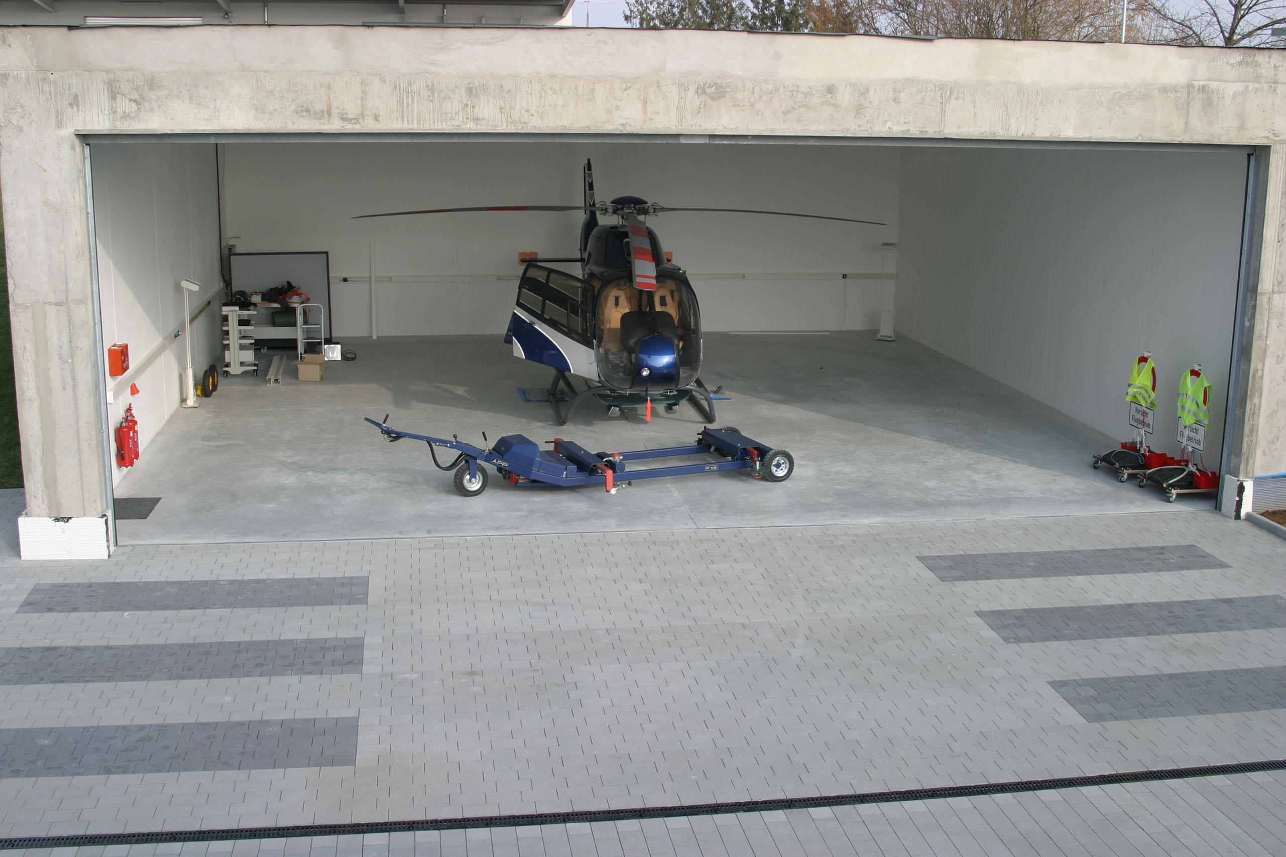 Die Helikopterhalle